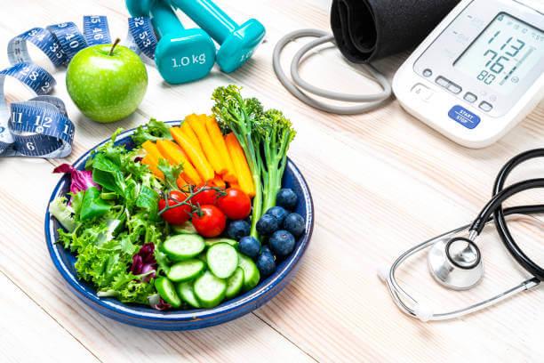 عيادة التغذية لعلاج السمنة والنحافة والرجيم